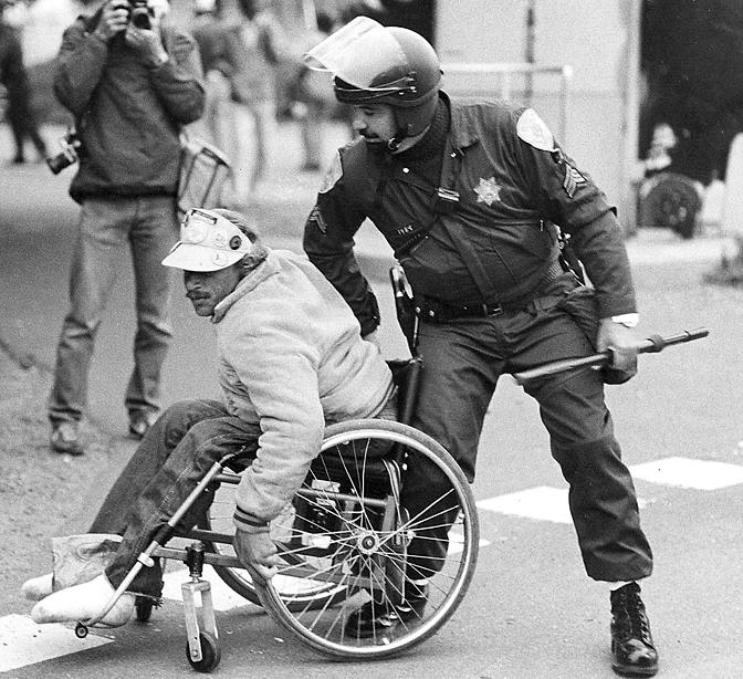LAG-I-LLL-Wheelchair