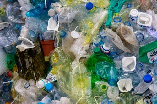 Plastics-Pexels-CopyrightFree